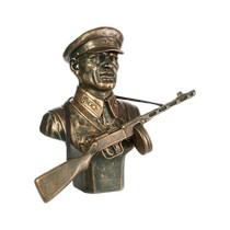Скульптура «Бюст советского пограничника №8»