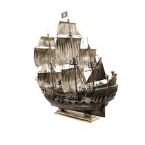 """Корабль """"Черная Жемчужина"""", масштабная модель 1:72"""