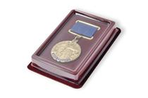 Футляр для медали 32 мм на прямой квадро-колодке
