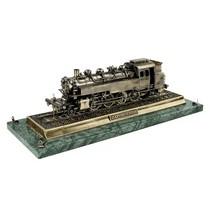 Немецкий паровоз Dampflokomotive BR86, масштабная модель 1:35